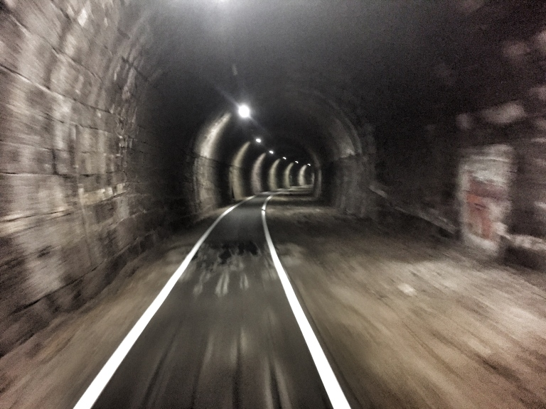 bolzano-cycle-tunnel