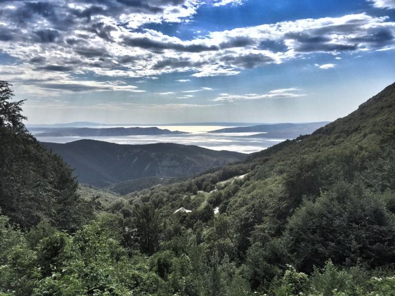 hills-above-senj